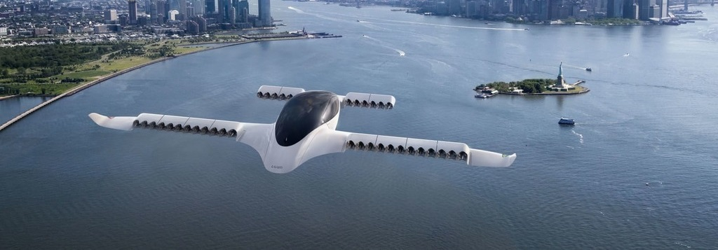 Air Travel Set for a Green Revolution